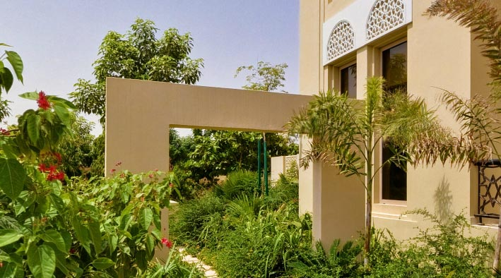 360 virtual tour in Dubai at Al Barari - Villa Bromellia