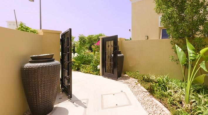360 virtual tour inDubai at Al Barari - Villa Dhalia