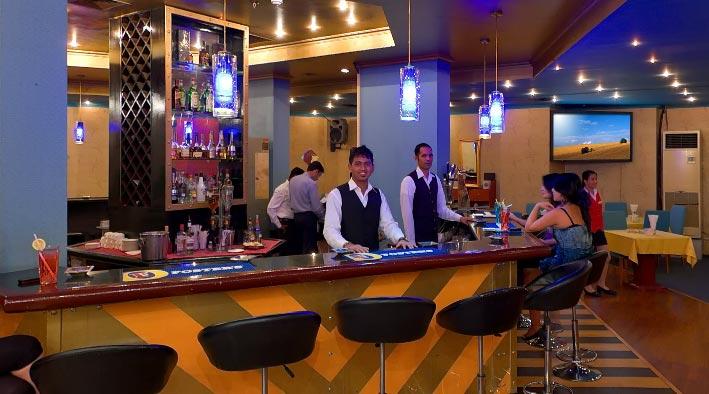 360 panorama photo inDubai at Tivoli Cafe and Bar